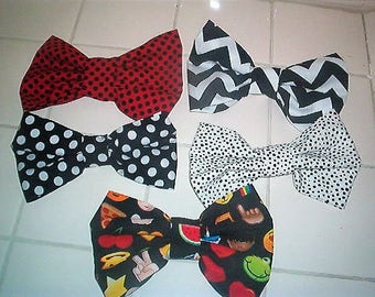 Lot of 5 fabric, cloth bows, hairbow-from  Cricket Court Boutique-handmade originals