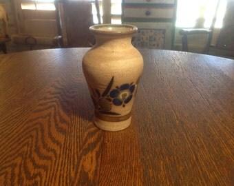 Vintage Mexican hand painted stoneware ceramic folk art vase flower design