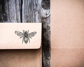Honey Bee Rubber Stamp ( 4 x 3 Inches ) + Custom Text