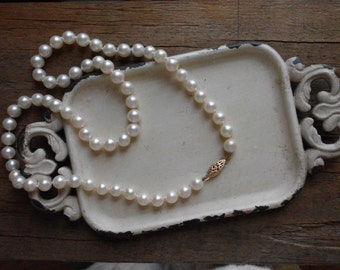 Creamy White Cultured Pearl 14k Gold Clasp Necklace