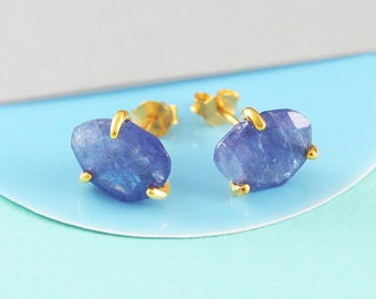 Tanzanite Gold Stud Earrings, December Birthstone Gift, Gemstone Studs, Birthstone Earring, Birthstone Gift, Rustic Jewelry, Boho Earrings