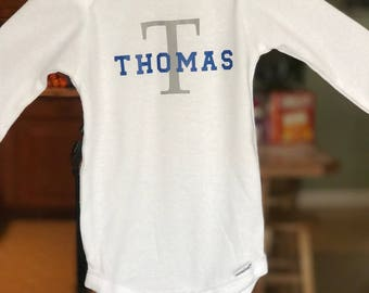 White Boy onesies with name. Baby shower gift. Initials and name.