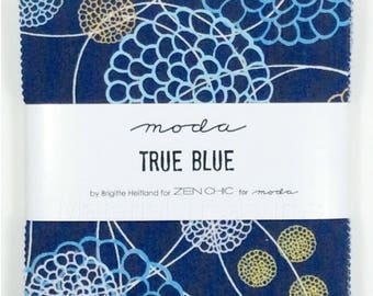 Moda Charm Pack True Blue by Zen Chic 5 x 5-inch Fabric Squares 1620PP