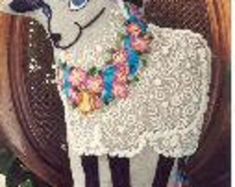 Demure Ewe crewel embroidery kit (Carolyn Barrani)