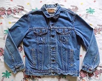 Vintage 80's Levi's Jean Jacket blue denim, size Large 44 model 71506 0216