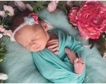 Newborn photo prop wrap / baby wrap / photography props newborns baby / super stretchable wrap / newborn swaddle / baby lace wrap