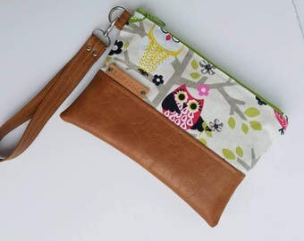 Owl Clutch Bag/Vegan Leather Clutch Bag/Faux Leather Clutch Purse/Wristlet Clutch Wallet/Cellphone Wristlet Purse/Women Wristlet Bag/For Her