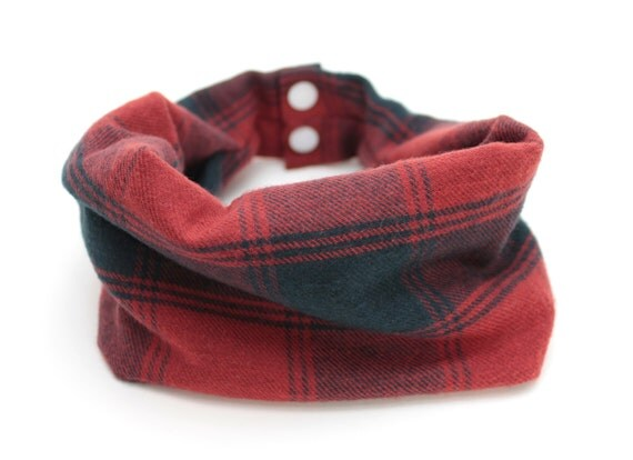 Plaid bib / Drool Scarf / Red and Navy Plaid Flannel Drool Scarf with WATERPROOF lining // drool bib // drool scarf // Baby Infinity Scarf