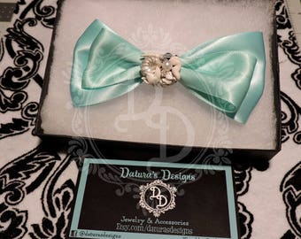 Mermaid's treasure bow clip
