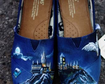 Custom made Harry Potter Toms. Designed and personalized just for you!