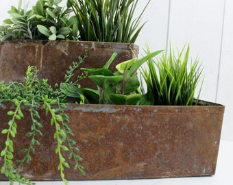 Cast Iron Planter Large Planter Box French Jardiniere, Rusted Metal Planter Vintage, Big Planter, Metal Plant Holder Rustic Planter Box E434
