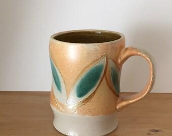 Leaf Pattern Salt-fired Mug