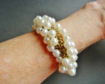 Vintage pearl chacha bracelet, vintage pearl chacha bead bracelet, pearl wedding bracelet, bridal chacha, gold pearl cluster bracelet,