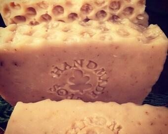 Oats 'n' Honey Soap Bar - Sensitive Skin