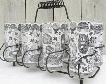 George Briard barware, Kaj Franck inspired black and white glasses, Mid Century barware, Fish & vegetables Mod barware, glasses and caddie