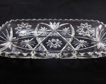 EAPC Large Rectangular Tray Anchor Hocking Early American Prescut Scalloped Edge Vintage Glass