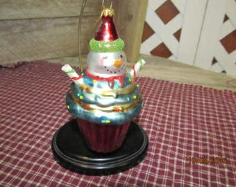 Blown Glass Cupcake Snowman Baker Chef  Ornament Bright Colorful Christmas Tree Decoration