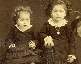 ON SALE Antique CHICAGO Cdv carte de visite photo photograph 1800's sisters curly hair girls children