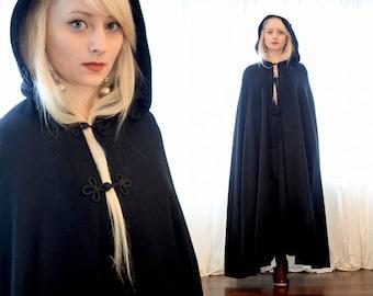 Vintage black wool oriental clasp wizard cloak cape overcoat Harry Potter Game of Thrones Crow inspired