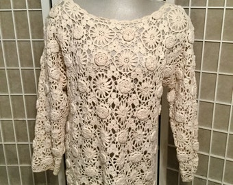 Reserved: 1970s Crocheted Flower Top Cotton and Ramie Perfect For Spring M/L