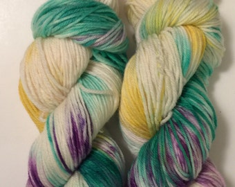 Hand Dyed Yarn  worsted weight 100% superwash merino wool | 100 gr | Katniss | super soft