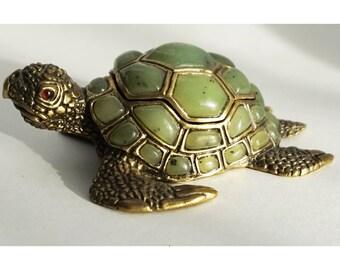 sea turtle -bronze sculpture of a turtle -animalistic bronze sculpture -bronze casket -small sculptural plastic -cabinet sculpture