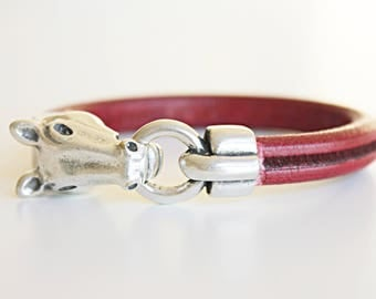 Red EQUESTRIAN BRACELET Horse Bracelet, Horse Jewelry Western JewelryHorse lover Cowgirl JEWELRY Silver Horse Bracelet,cavalo. Cheval, Horse
