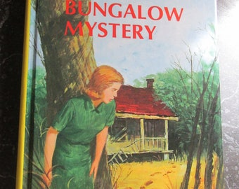 Nancy Drew The Bungalow Mystery by Carolyn Keene Yellow Hardback Book 1988
