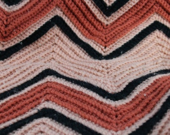 Vintage Chevron Pink, Mauve and Black Blankets