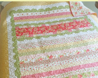 Sweetly Scalloped Quilt Pattern by Carried Away Quilting