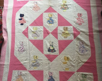 """Antique Quilt Sunbonnet Sue, Vintage Quilt 1930's; Hand Quilted; 69"""" by 82""""; Twin"""
