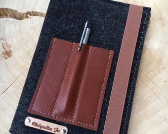 Calendar-book cover · Felt & leather black