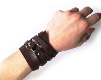 Multi wrap bracelet for men in brown leather, Gift for him, Wrapped leather bracelet with buckle for him and her, Handmade leather wrap cuff