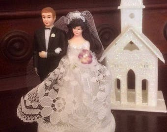 Vintage 1970s wedding cake topper. This small, sweet piece was very plain until now!