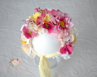 Floral Bonnet, Flower baby bonnet , Flower baby Hat, Photo Prop, Flower Bonnet