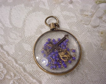 Tiny Seed Bead Rosary Inside See Through Mourning Gold Plate Locket Antique Vintage