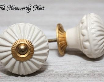 LAST ONES Large Knobs / Bifold Door / Bi-Fold Knobs / Cabinet Knobs / Unique Knobs / Ceramic Knobs / Off White Knobs