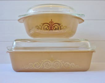 Two Agee Pyrex Casserole Dishes