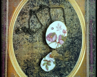 Handmade broken china big pink wild roses necklace