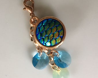 Charm/pendant with Swarovski element