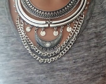 Boho Silver Necklace/Silver Statement necklace/Ethnic Necklace/Bohemian jewelry/Coin necklace/Tribal necklace/Chain necklace