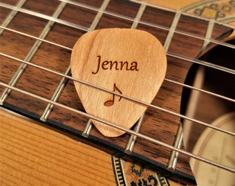Personalized Note Guitar Pick, Personalized Custom Engraved Music Symbol Plectrum, Wood Laser Burned Music Note Guitar Pick