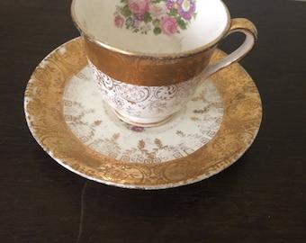 22 Karat gold vintage tea cup, Vintage tea cup and saucer, gold tea cup, mother's day, flower tea cup, vintage teacup, tea cup and saucer, 1
