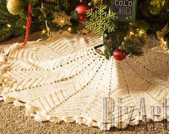 Christmas Crochet Tree Skirt - Many Colors Available! | Customize-able Holiday Tree Skirt