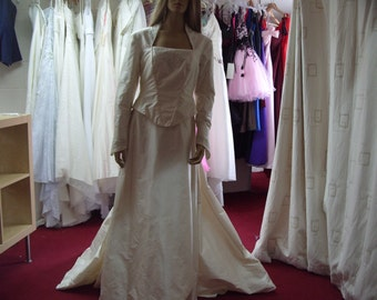 Sallie Bee Wedding Dress Ivory Size 16 Silk (CA65)