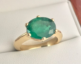 Zambian Emerald Solid 9K Gold Ladies Ring. Size US-6, UK-L 1/2.