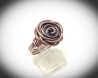 Copper wire ring. Wirewrapped jewelry.  Antiqued copper rose ring. Wire jewelry