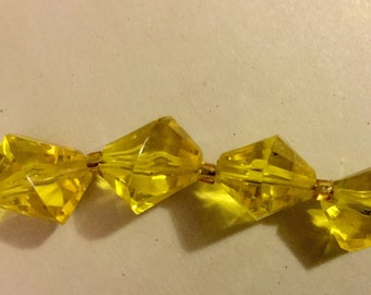 """Vintage Yellow Lucite Necklace Beaded 34"""" Long"""