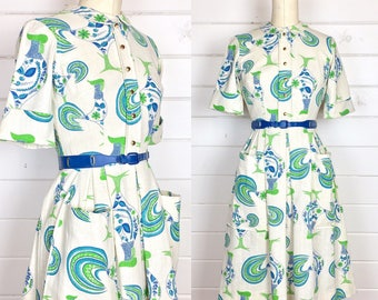 Vintage 1960s Novelty Print Rooster Day Dress / Shirtdress / Made by L'Aiglon / Full Skirt / Midcentury