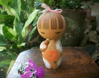 1950s Vintage Japanese Girl Kokeshi Doll With Chrysanthemum Kimono And Pink Ribbon Signed